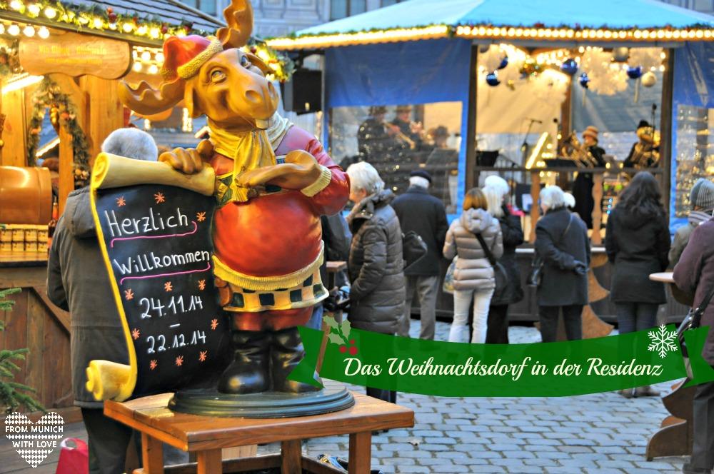 Das Weihnachtsdorf im Kaiserhof der Residenz München