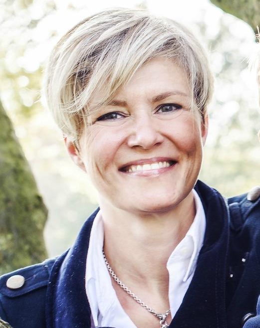 Julia Tiefenbacher