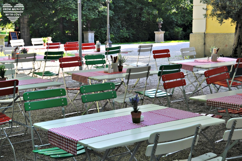 Ciao Fancesco Pizzeria im Luitpoldpark Tische