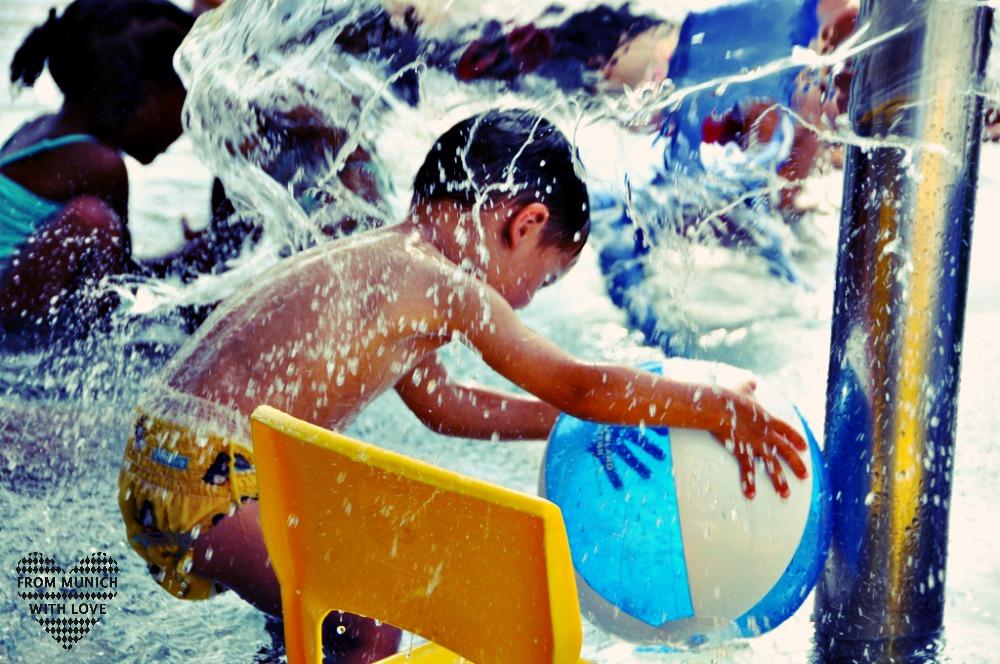 Wasserball Kindergartenkind
