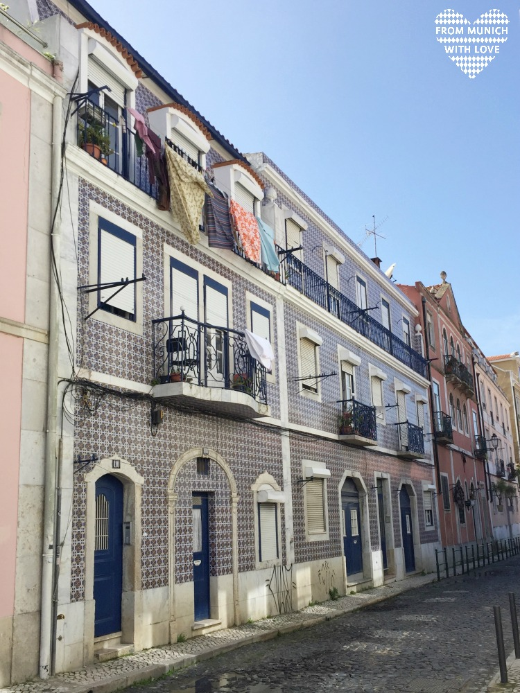 10 Gründe Lissabon zu lieben_bunte Fliesen