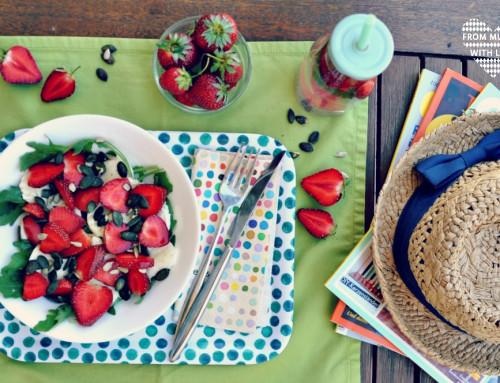 3 leckere Sommersalate mit Erdbeeren